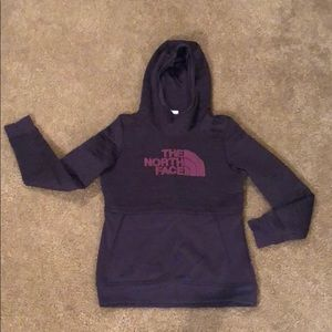 Women's North Face Sweatshirt